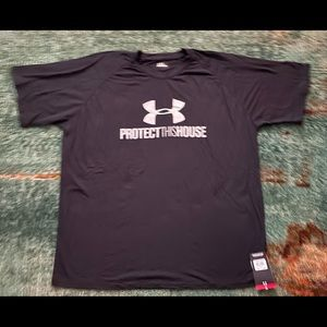 BRAND NEW MENS UNDER ARMOUR TSHIRT SIZE XXL FOR SALE!